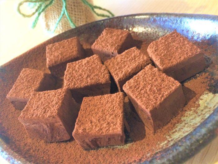 使う材料は3つだけ 初心者でも絶対に失敗しない生チョコレートの作り方