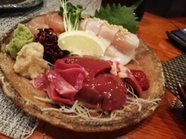 横浜で焼き鳥 新鮮な鶏刺しがリーズナブルに食べられるお店「纜」